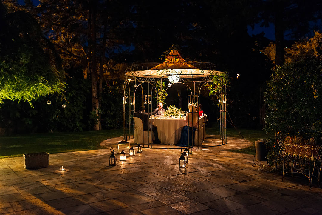 cena matrimonio all aperto umbria
