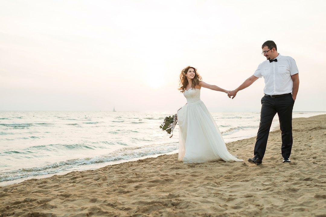Matrimonio Spiaggia Toscana : Фотосессия на пляже в Италии русский свадебный фотограф