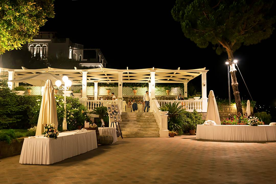 wedding party restaraunt sorrento corrina